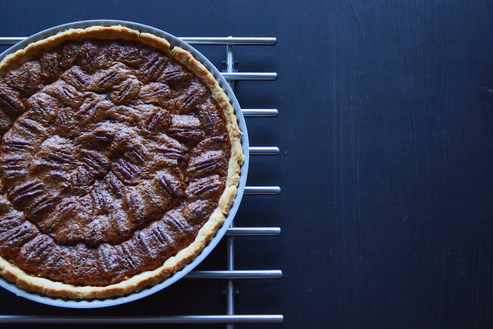 Perfect Pecan Pie - the final pecan pie | In Carina's Kitchen