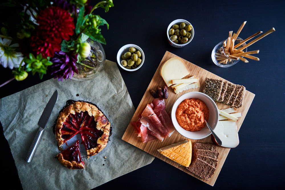 Roasted Red Pepper Pesto - red pepper pesto enjoyed with cheese and crackers (and plum galette for dessert) | In Carina's Kitchen