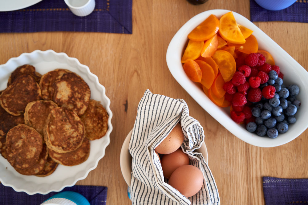 Making a Delicious Brunch for 4 - banana and oatmeal pancakes, soft-boiled eggs and blueberries, raspberries and kaki fruits   In Carina's Kitchen