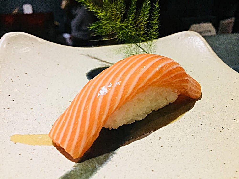 King Salmon Sushi