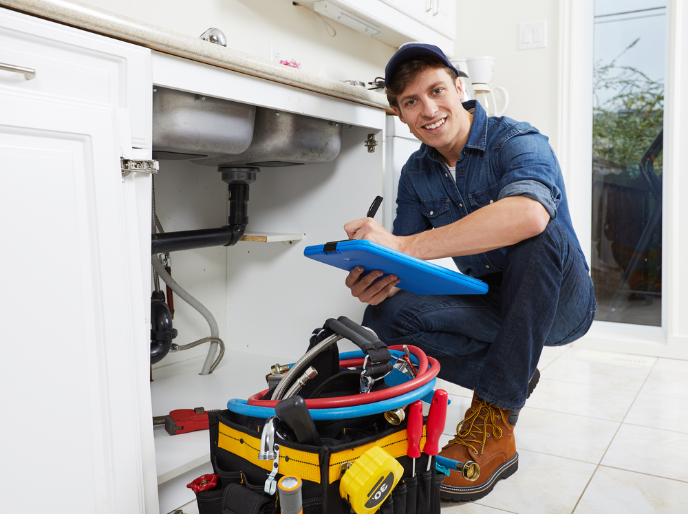 Top 7 Powerful Points On Why You Should Hire a Professional Plumber