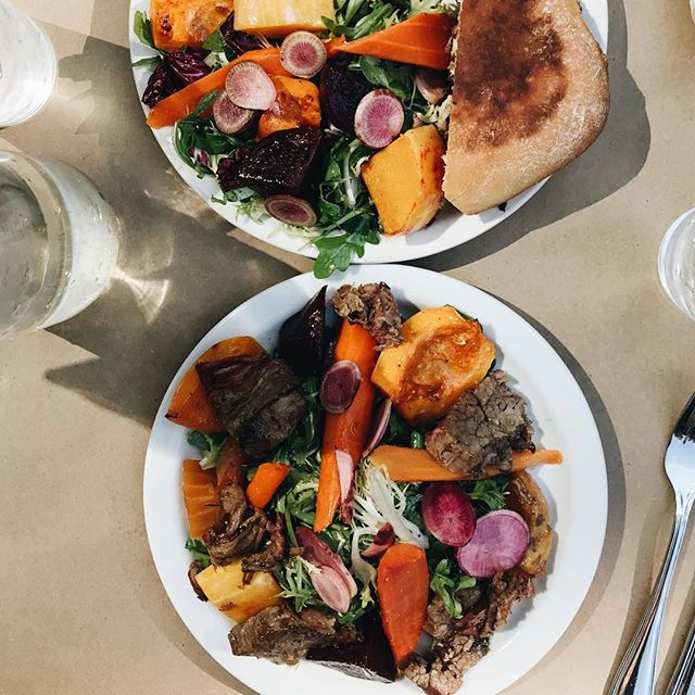 Popping in to say that Brick & Tin's autumn salad has alllll the good veggies and we are here👏🏻for👏🏻it!👏🏻 Radichio, butternut squash, beets, carrots, radish and i added brisket because duh 😍 What are your favorite autumn dishes around town??