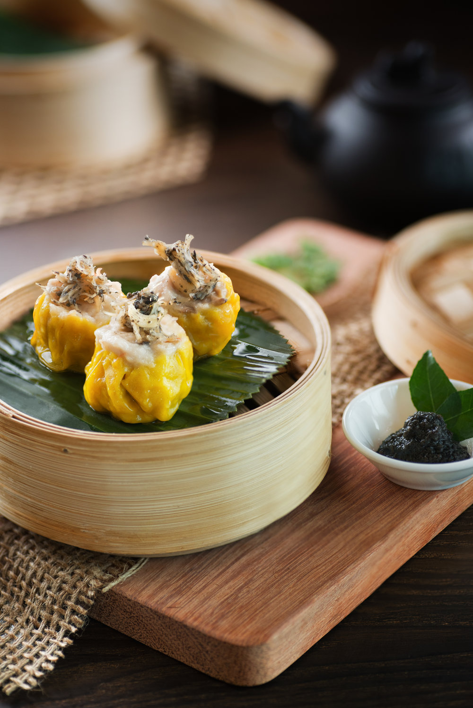 Steamed Siu Mai w/ Conpoy and Black Truffle