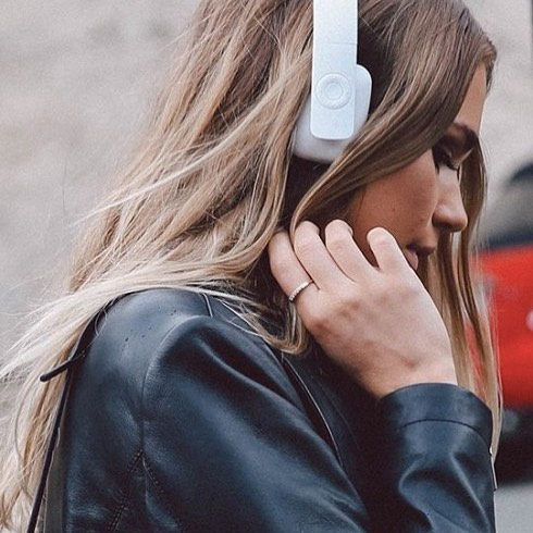 Kreafunk Ahead Bluetooth Headphones from @theconranshopofficial | These high-performing headphones carry an incredible range of functionality, including up to 14 hours playback time and an on-was control panel | conranshop.co.uk | £95 | 🎧