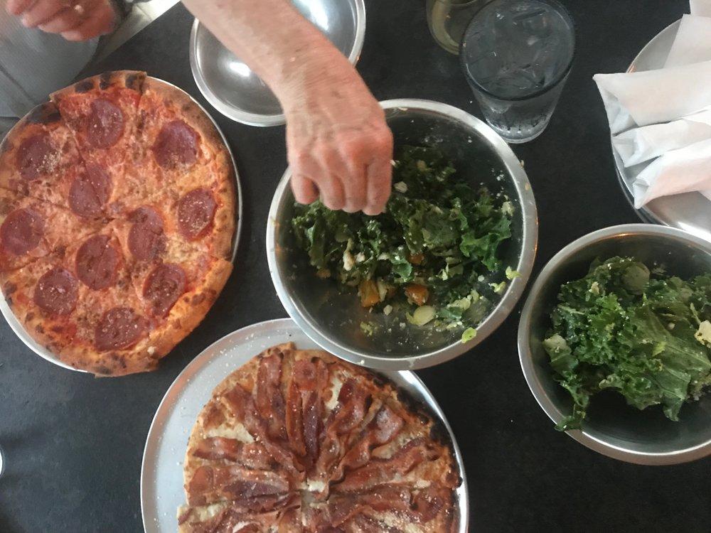 Sidewall Pizza