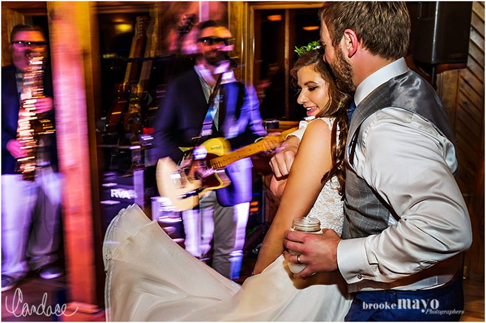 live band wedding reception
