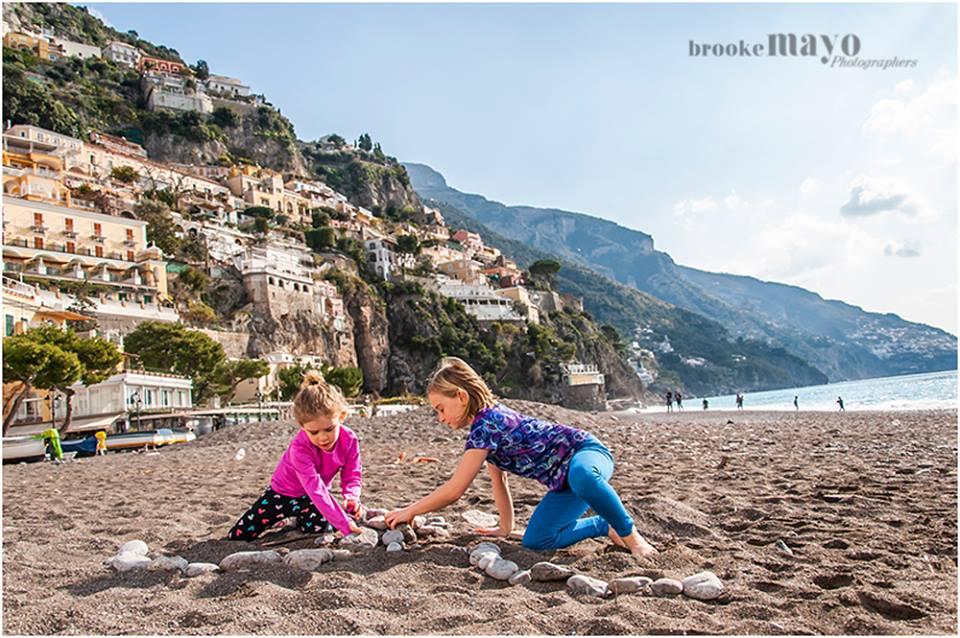 amalfi beach kids