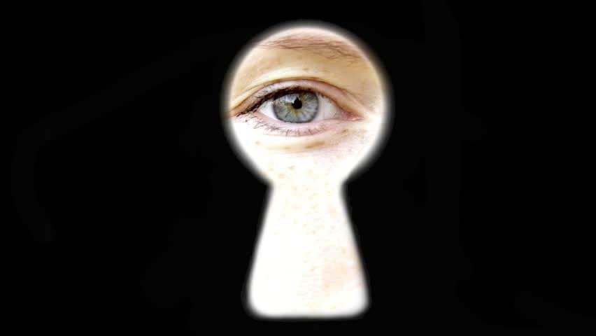 Eye in keyhold.jpg
