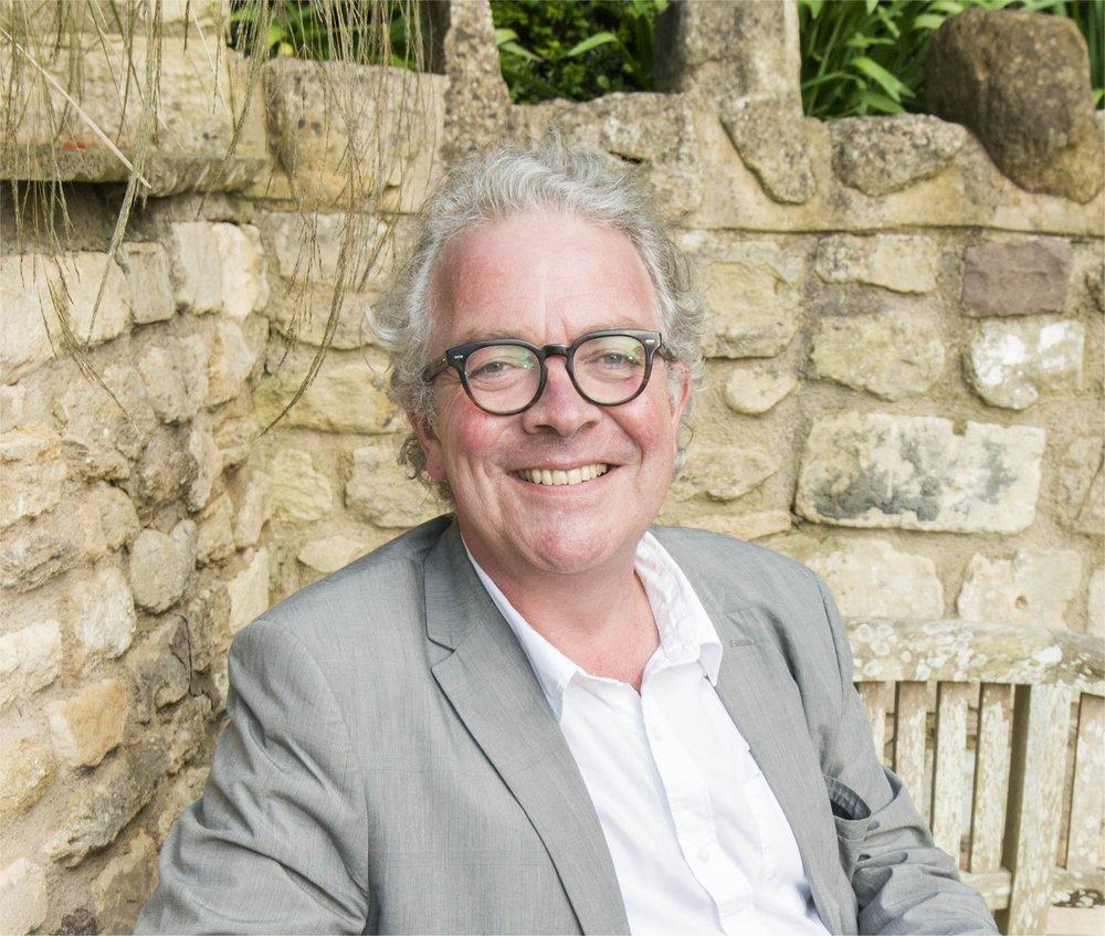 Dr Chris Stephens