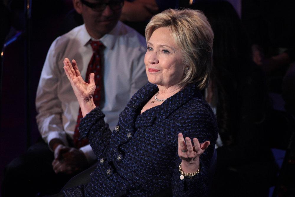 Hillary_Clinton_Shrugging.jpg