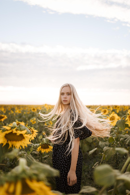 070618-SunflowersSofie-99.jpg