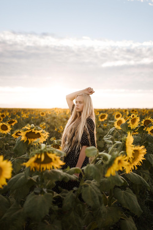 070618-SunflowersSofie-107.jpg