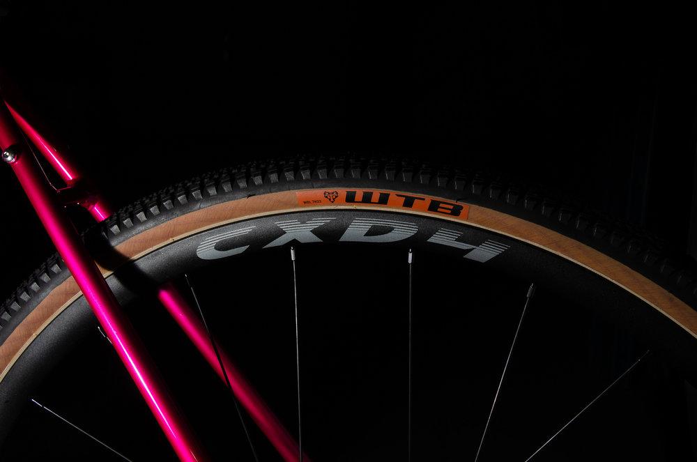 Romax Adventure tire.jpg
