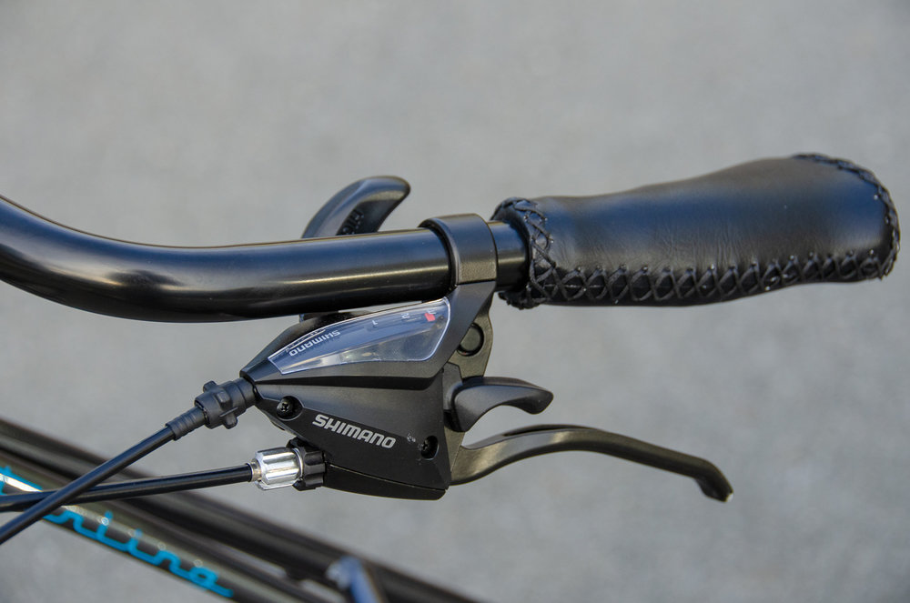 Sterling Mixte shifter and brake.jpg