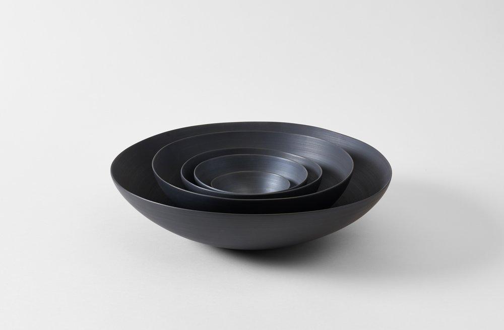 rina menardi black porcelainn