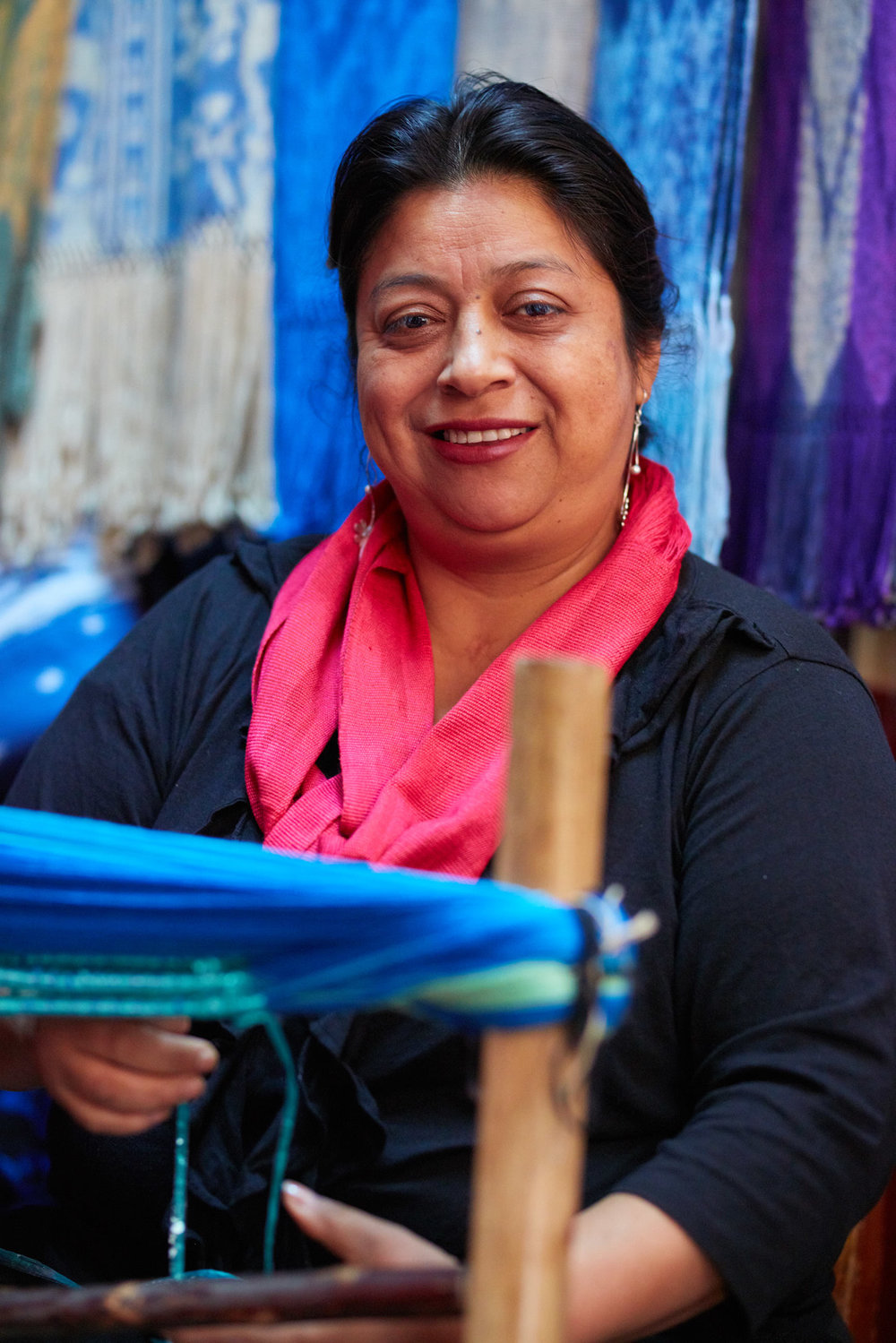 Loop Fairtrade  Digital platform to connect artisans from Ecuador with international designers.