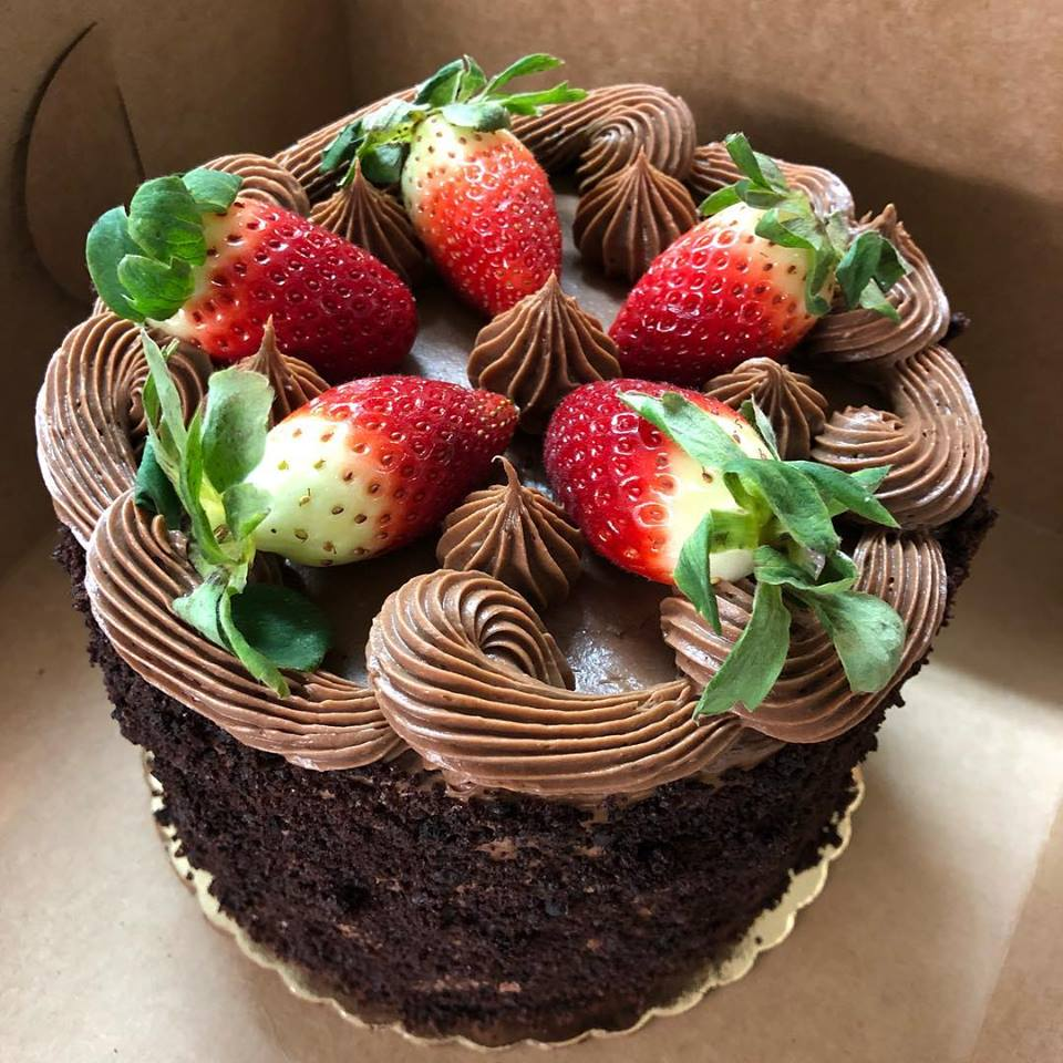 Choc-Strawberry-Cake.jpg