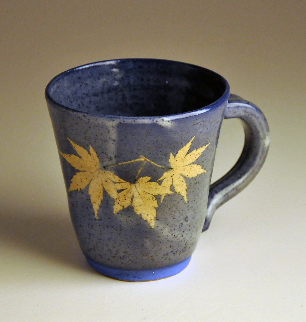 wide blue maple leaf cup