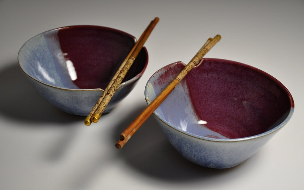 red and blue rice bowl set