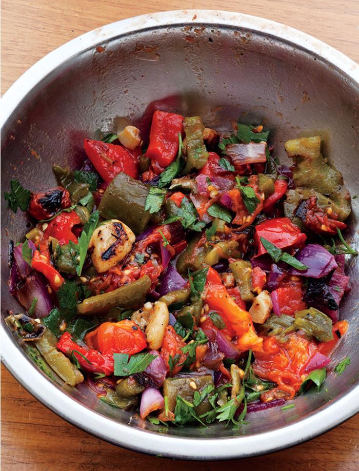 healtyish_receta-cleanse D03 Spicy Grilled Salsa balaboosta 01.jpeg