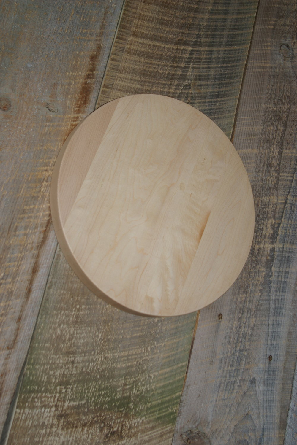 Round Maple Cutting Board reg $25 now $20 - #108 Hard maple cutting boardsize 14