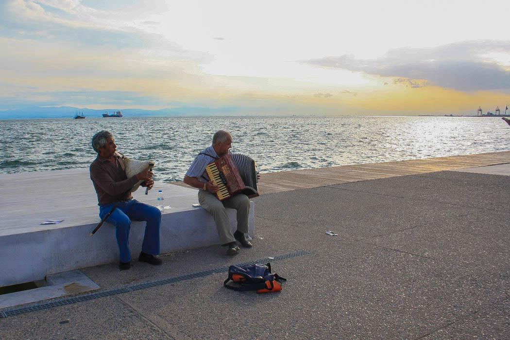 love-alexa-thessaloniki-greece-musicians