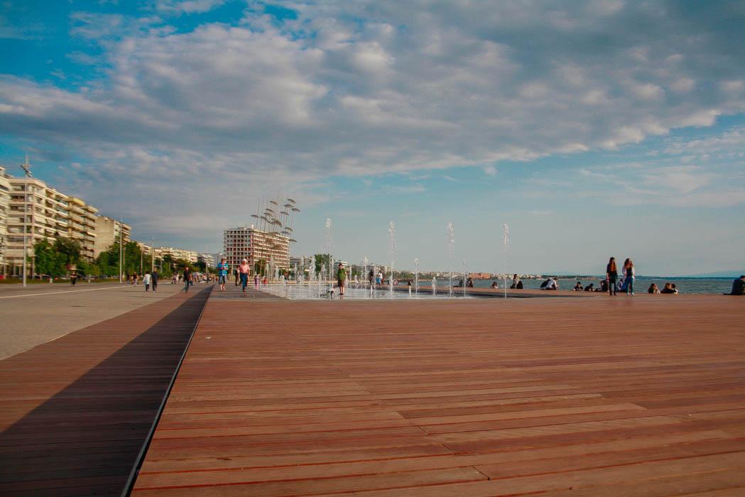 love-alexa-thessaloniki-greece-boardwalk