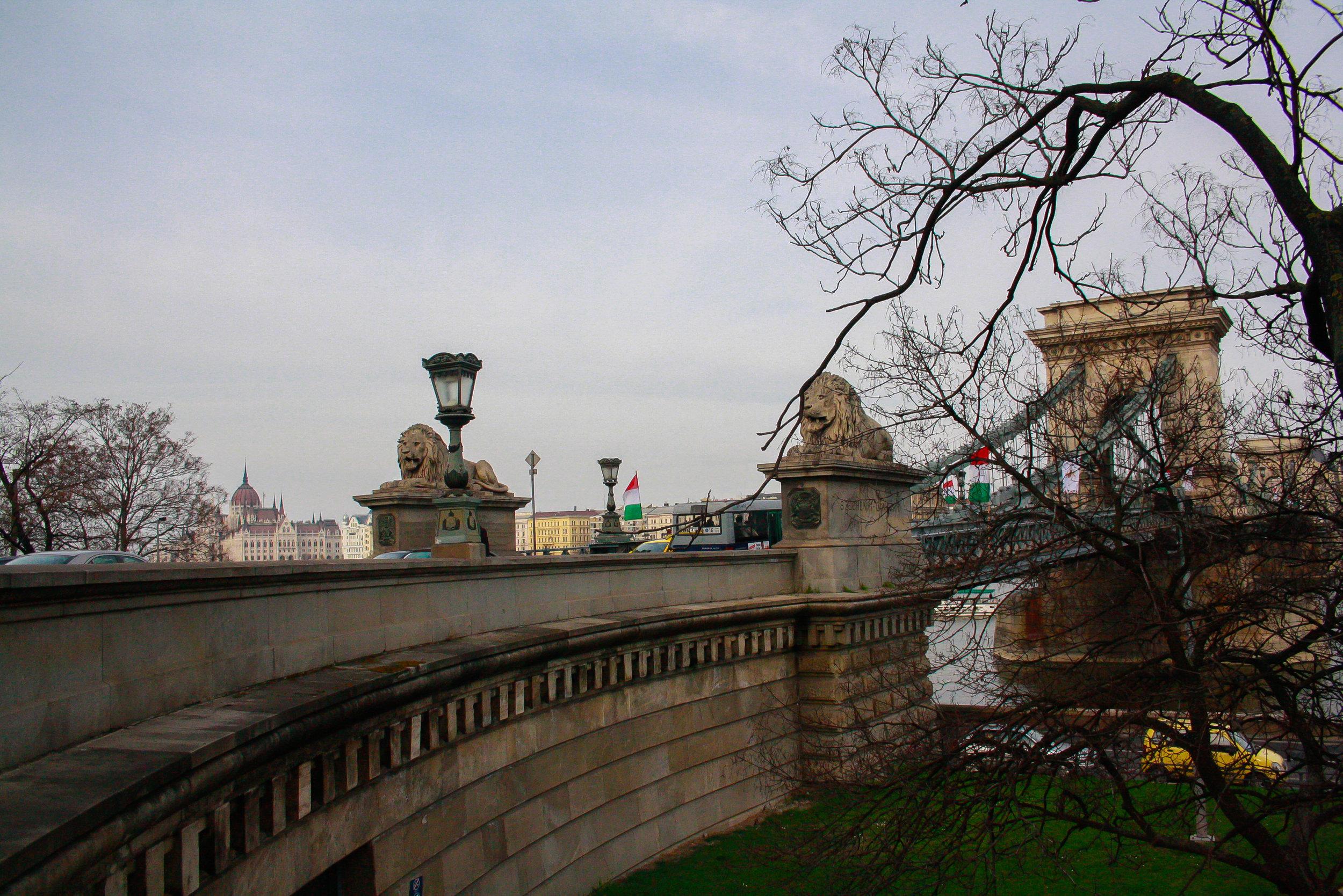 chain-bridge-budapest