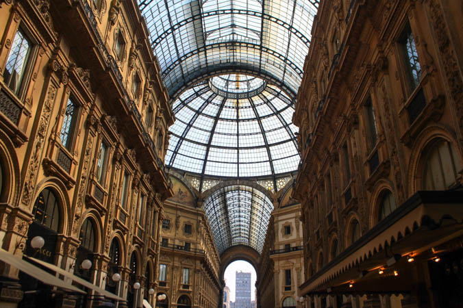 Milano_Italy_Architecture_Shopping