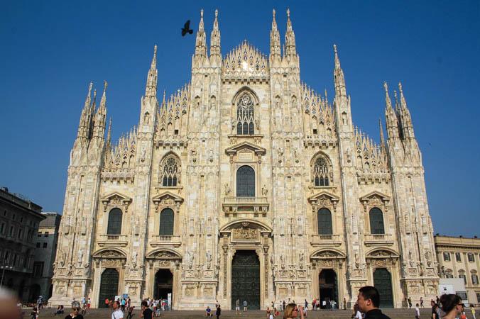 milan_italy_cathedral_love_alexa