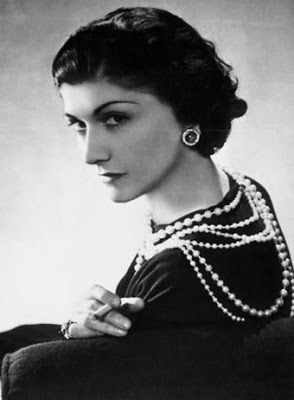 coco chanel_layered_pearls