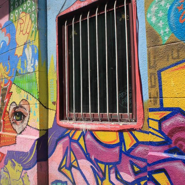 Budapest_Hungary_Graffiti_1