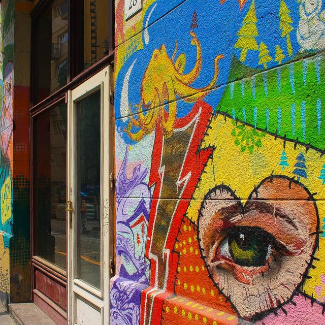 Budapest_Hungary_Graffiti_2