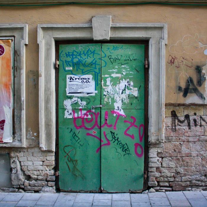 Bratislava_Slovakia_Graffiti8