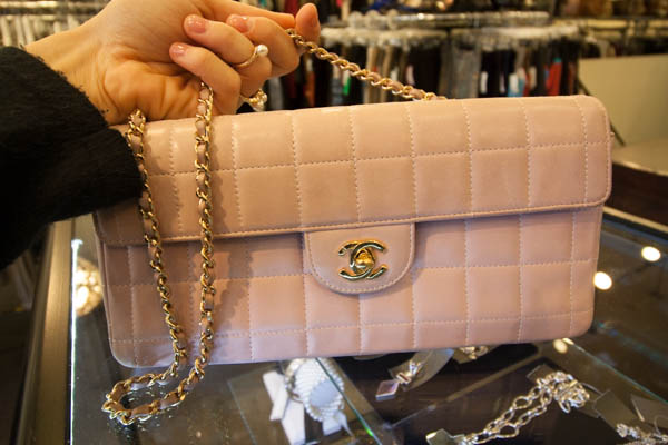 chanel-bag-vintage-turnabout-vancouver