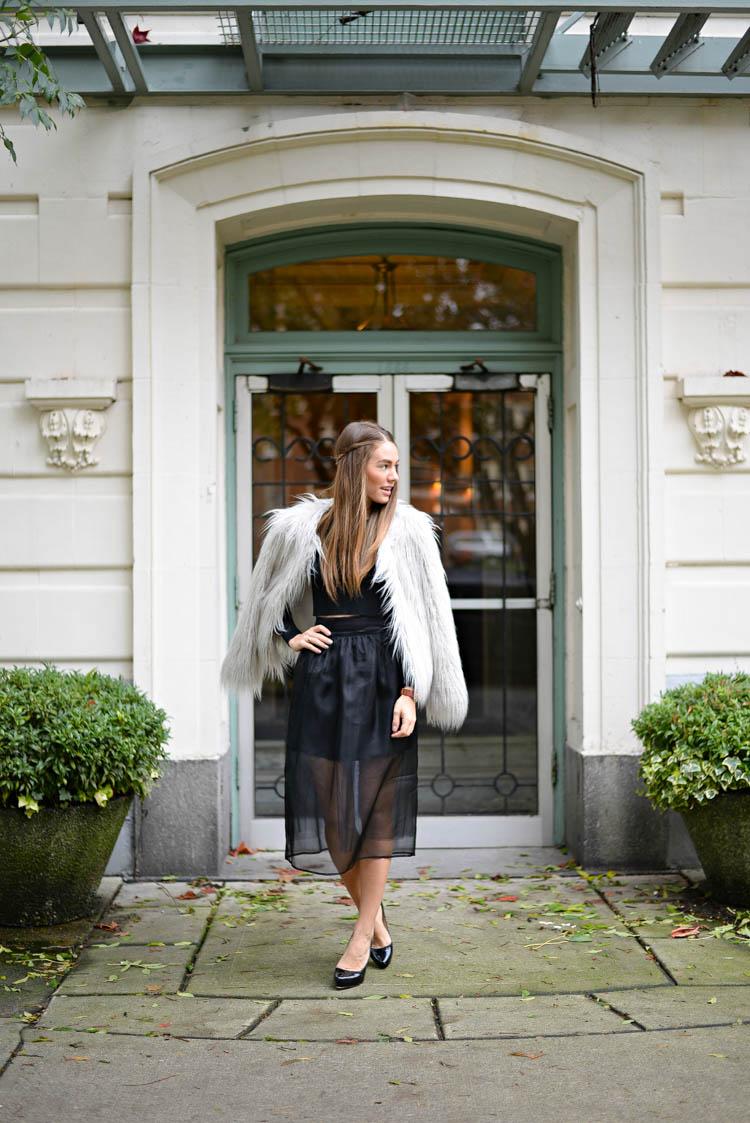 Sutie-skirts-fur-coat-