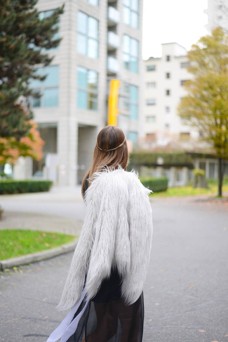 Sutie-skirts-fur-coat-2
