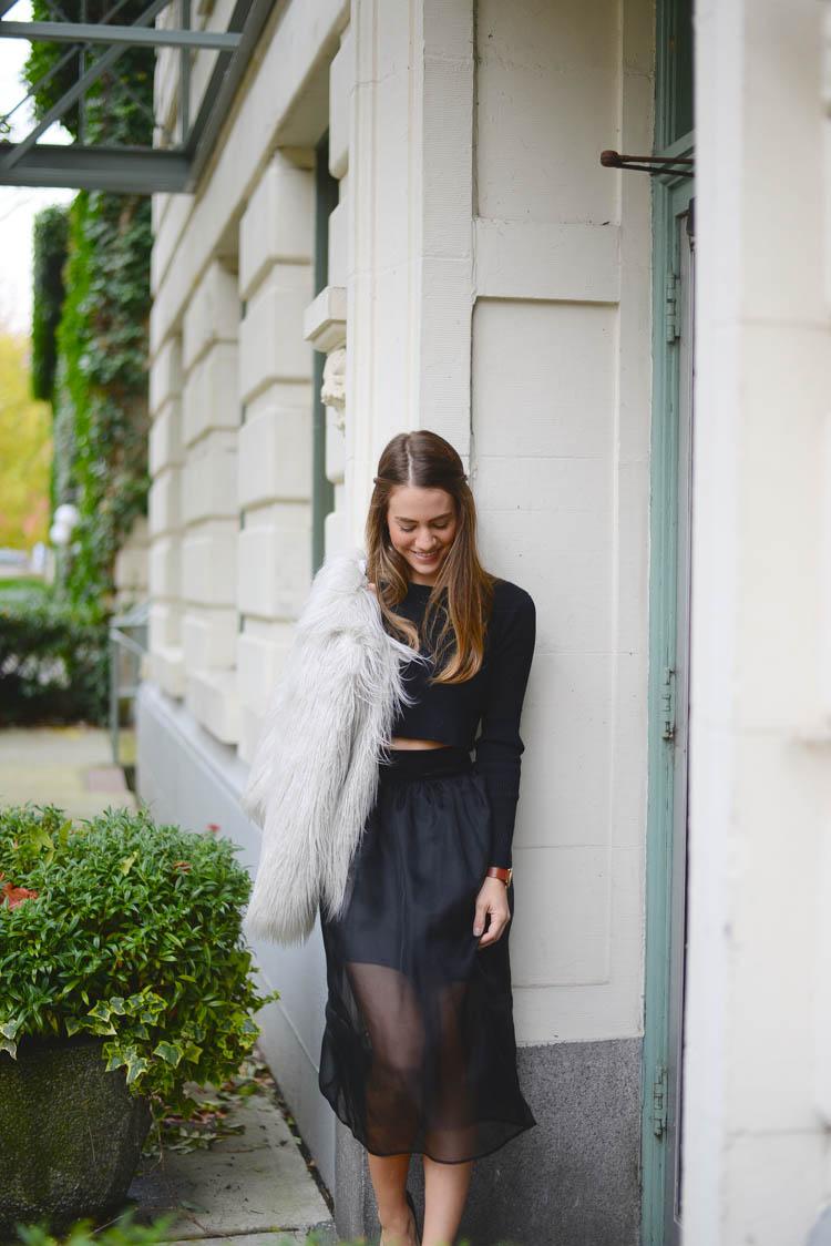 Sutie-skirts-fur-coat-4