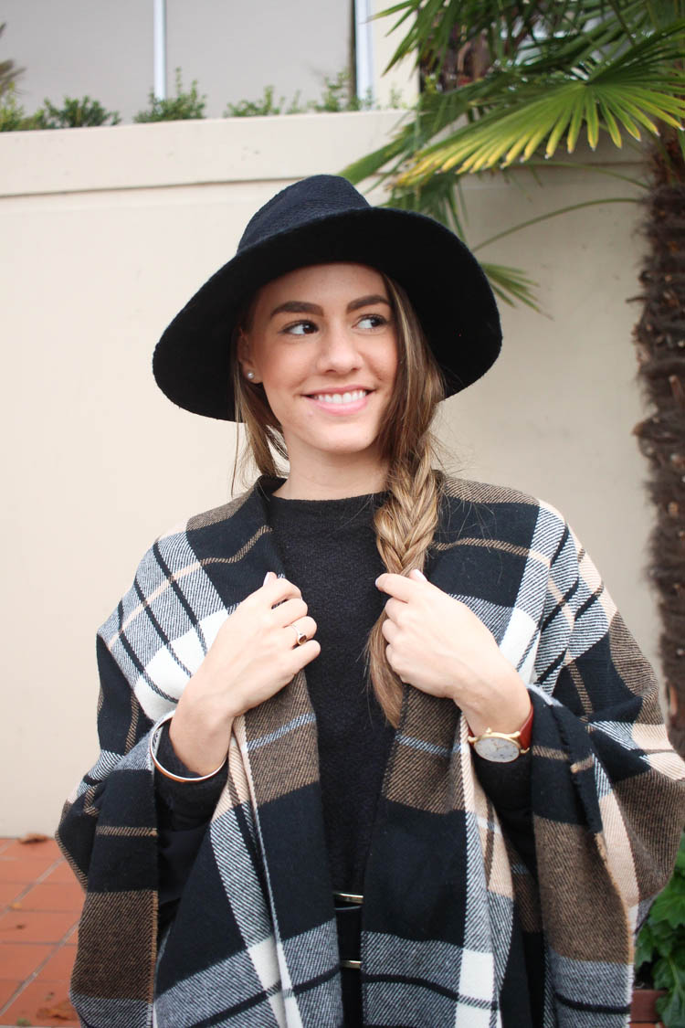 plaid-poncho-outfit-5