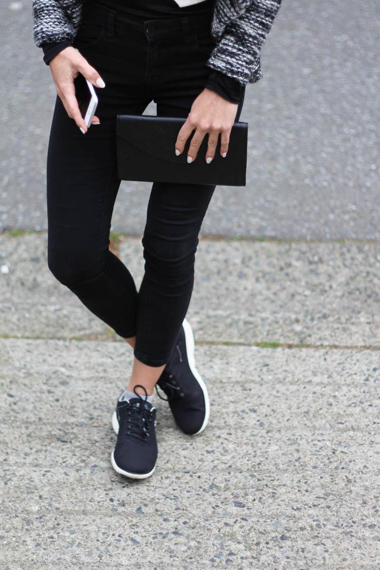Wearing my Geox Nebula runners in black