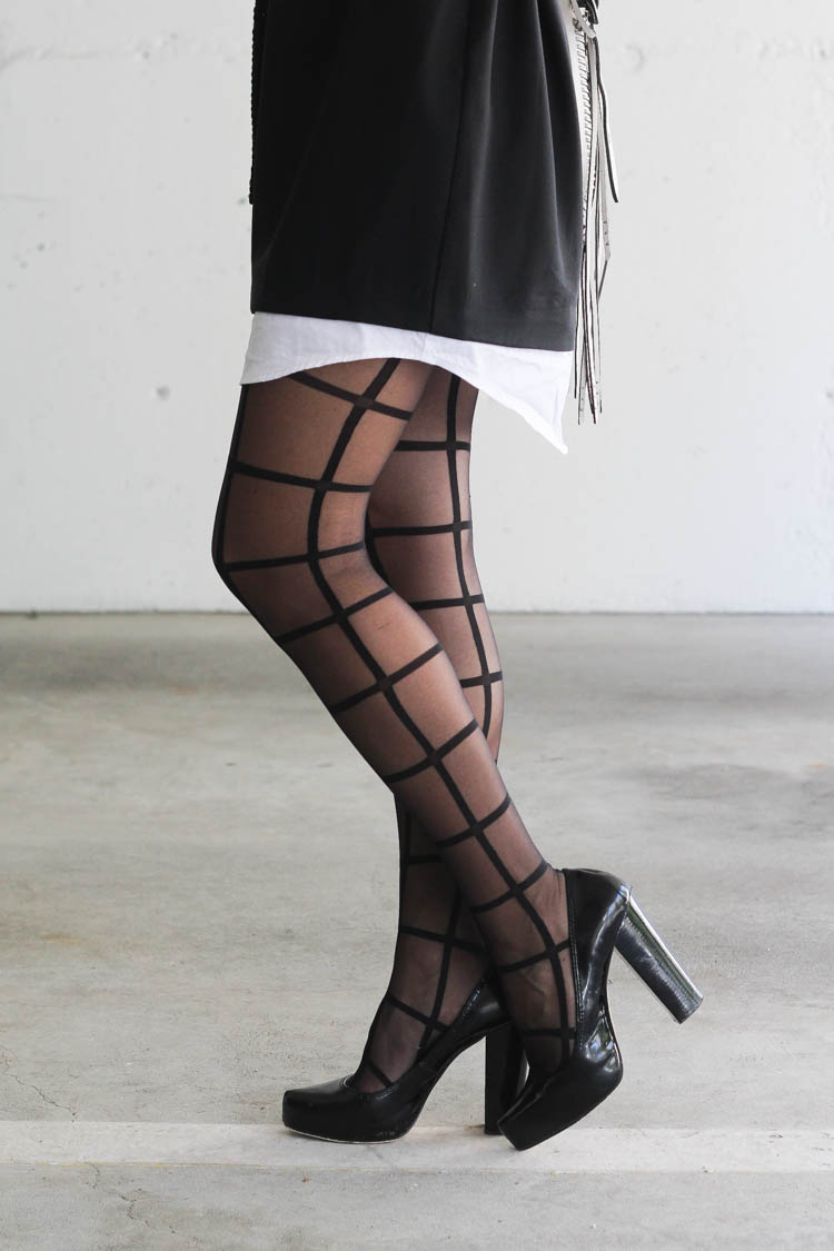 Night look with stockings by Mondor