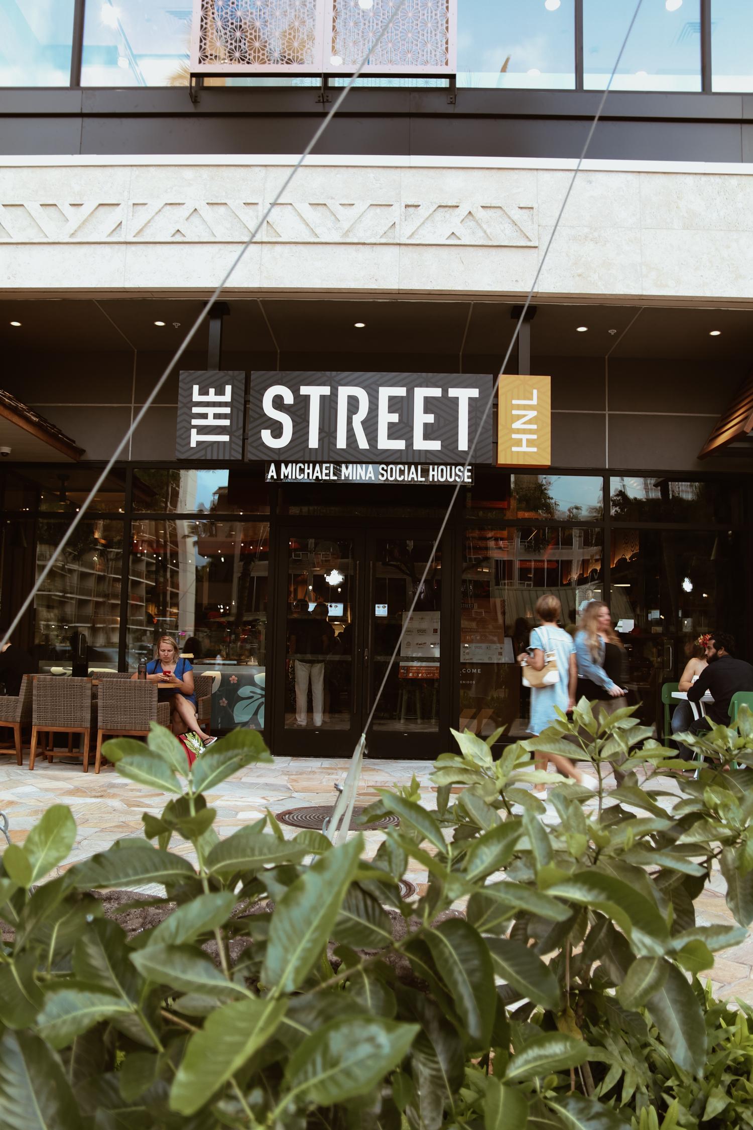 the street waikiki restaurant