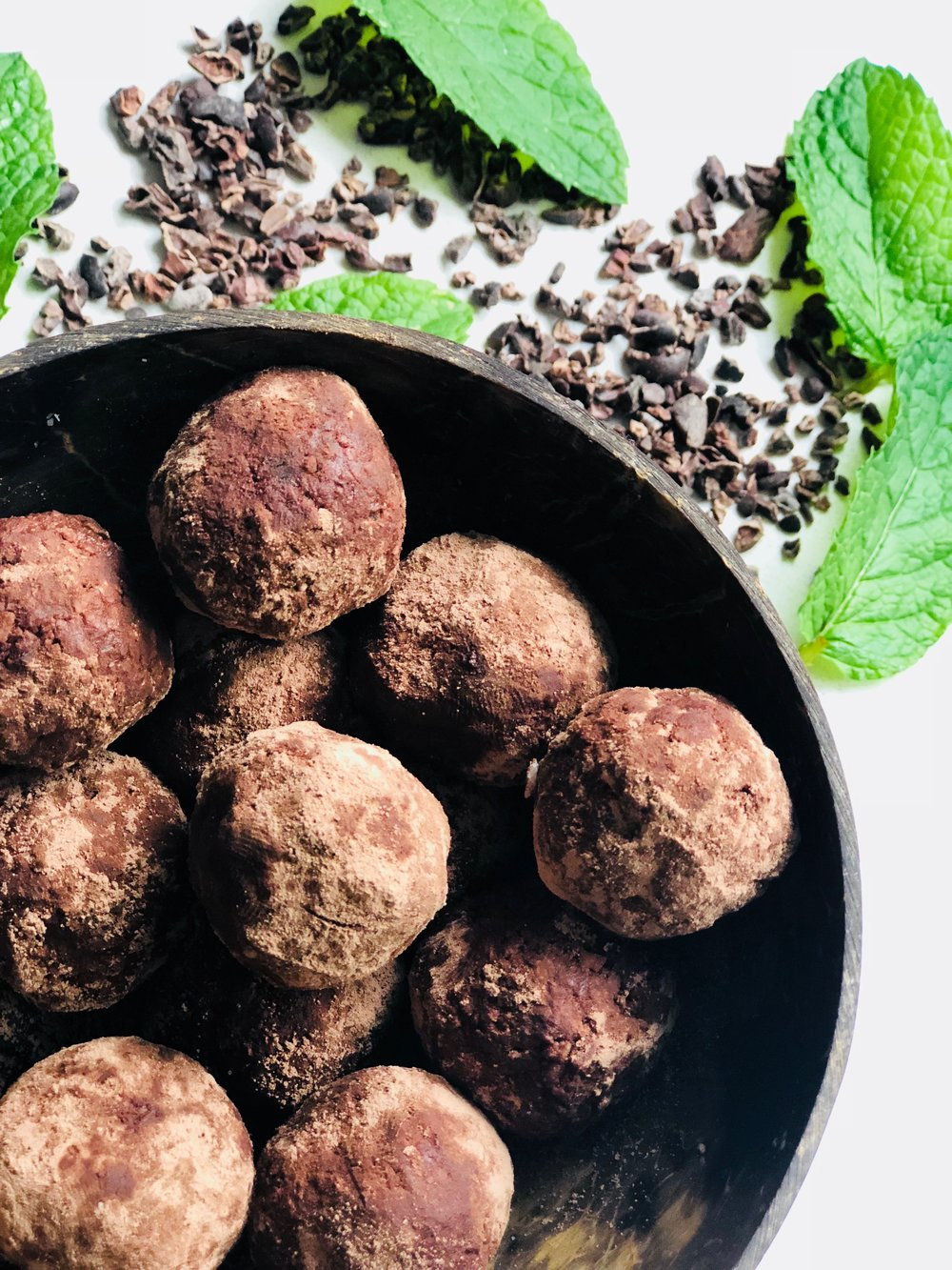 Raw Mint-Choc Truffles