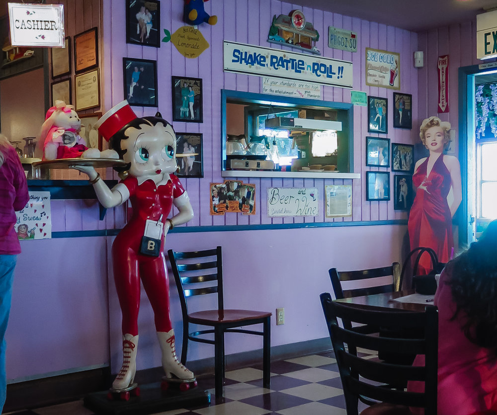 Peggy Sue inside 1.jpg