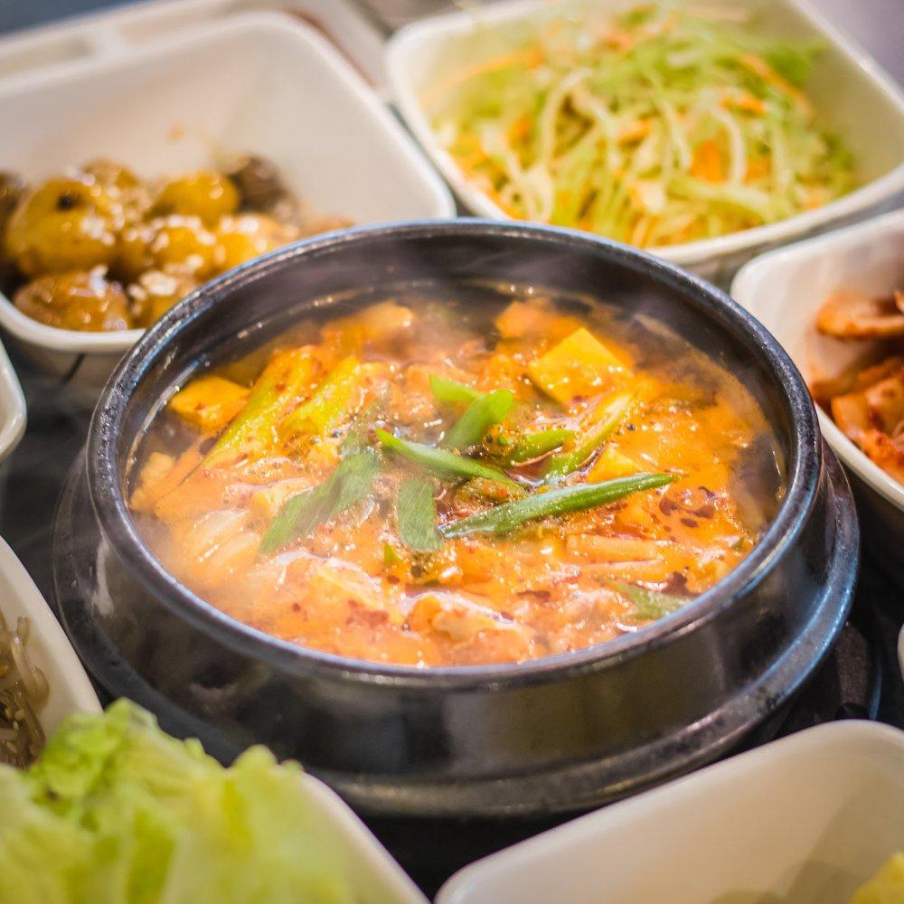 Doenjang-jjigae (Soybean Paste Soup)