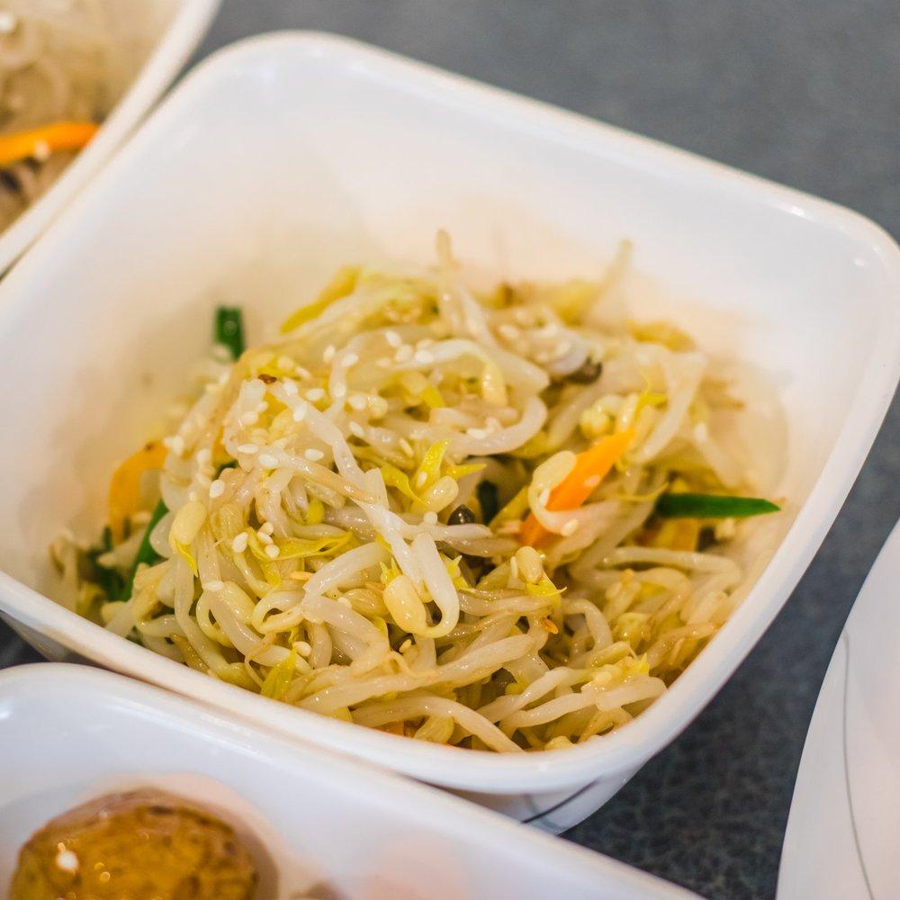 Kongnamul Muchim (Seasoned Sprouts)