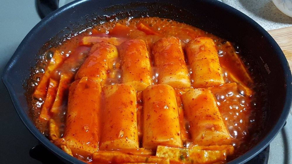 tteokbokki-korean-rice-cakes-winter