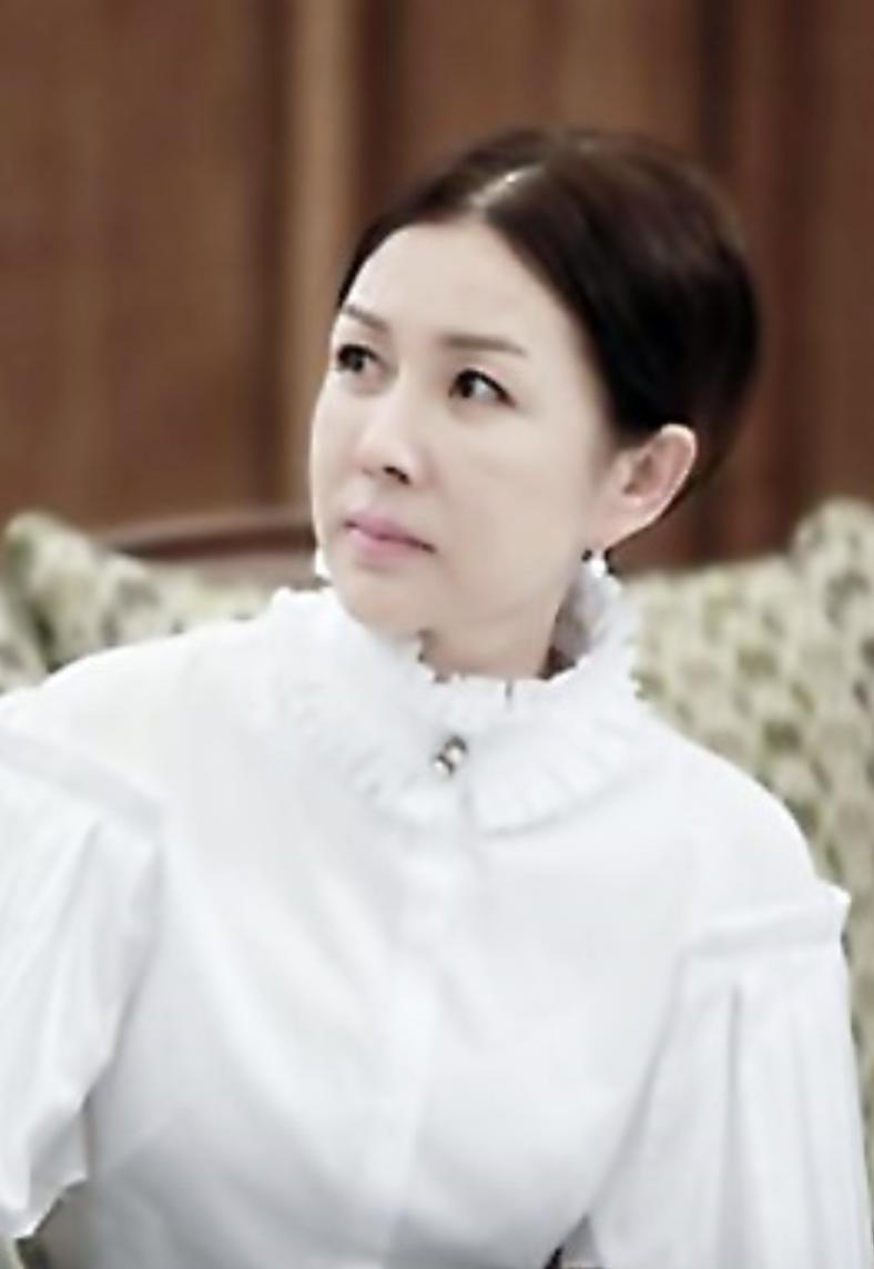 the-heirs-cast-park-jun-geum.png