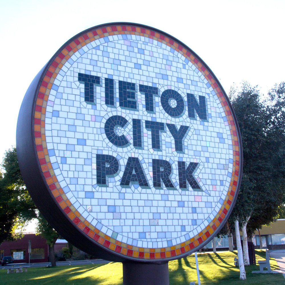 Square_Tieton_sign.jpg