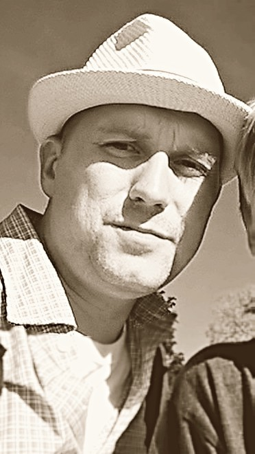 Frank wearing hat.jpg